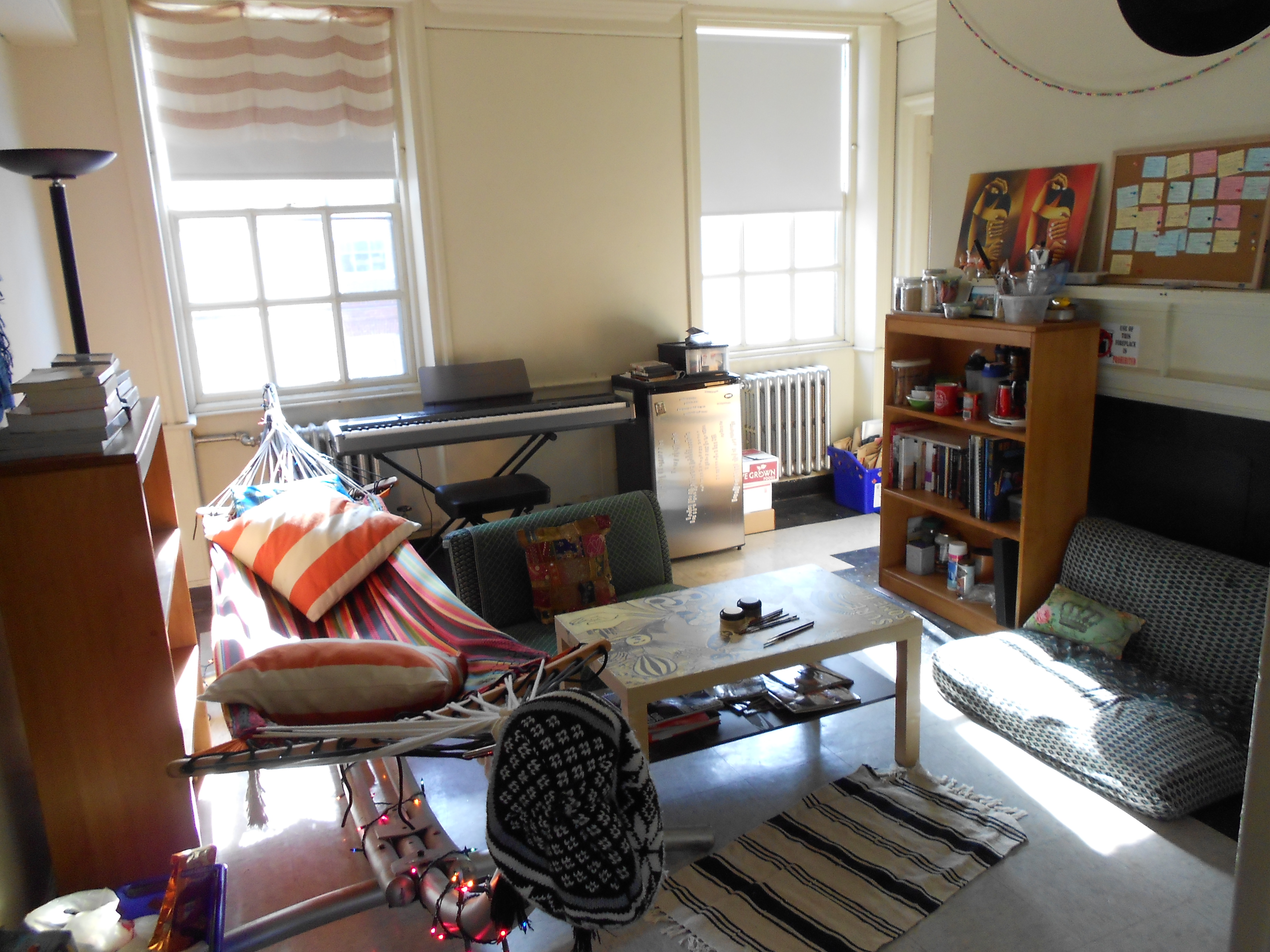 Lower class living room - Bright Sides Of Boston