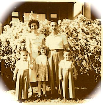 GiacaloneFamily-lilacs1953