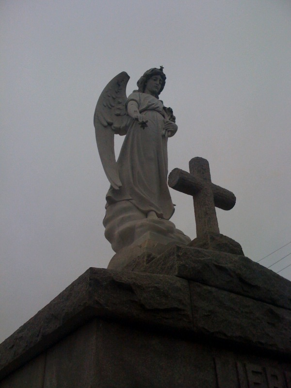 angel in cemetary