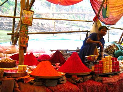 Vegetable Dyes, Omkareshwar