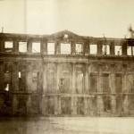 Siège de Paris photograph albums. Ruines du Château de St. Cloud et ses environs après le siège, 1971. MS Fr 591 v.2