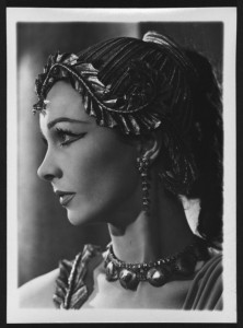 Vivien Leigh in Caesar and Cleopatra, 1951. Angus McBean Photograph (MS Thr 581). © Harvard Theatre Collection, Harvard University
