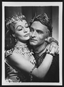 Vivien Leigh in Caesar and Cleopatra opposite Laurence Olivier, 1951. Angus McBean Photograph (MS Thr 581). © Harvard Theatre Collection, Harvard University
