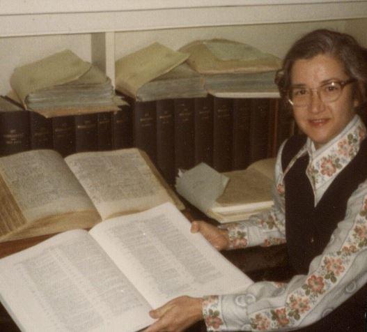 Kitzi Pantzer with Volume II of the <i>STC</i>, 1976.