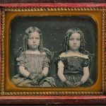 Daguerreotype of two girls, between 1840 and 1860. TypDAG1875