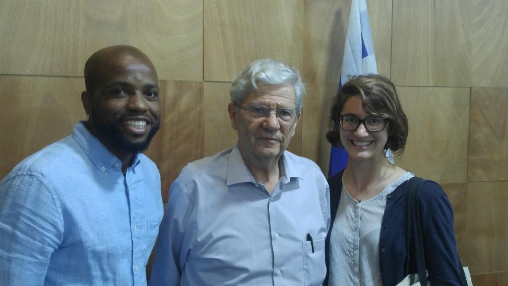 Katie Braun '17 w Aharon Barak